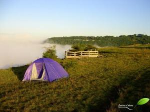 La tente... protection contre le vent et la pluie, c'est pas mal...