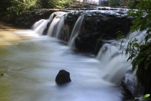 Une des cascades du Hérisson: le saut du moulin jeunet