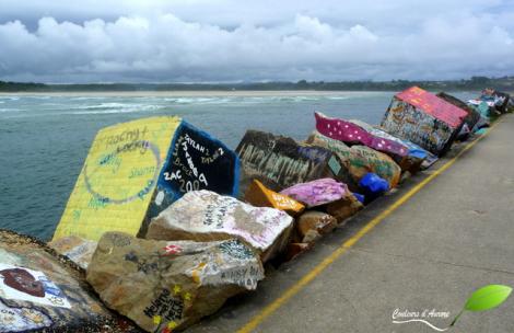 Peintures sur rochers sur la jetée à Nambucca heads