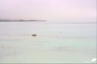 ...les couleurs de la lagune apparaissent...