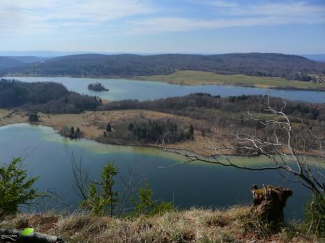 Le grand Maclu et le lac de la Motte (Ilay)